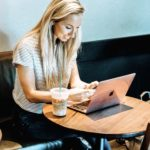 4 Ways To Maintain A Healthy Lifestyle With A Desk Job