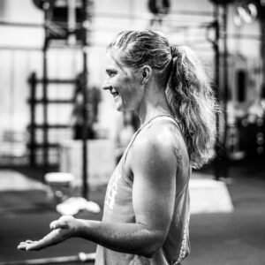 crossfit coach in charlotte working with clients
