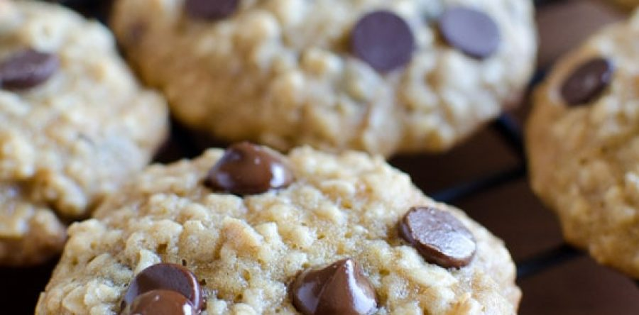 3 Ingredient Oatmeal Chocolate Chip Cookie